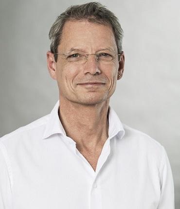 Faltenunterspritzung mit Hyaluronsäure St. Gallen Dr. Ralph Hollmann